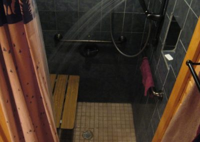1st_floor_roll-in-shower