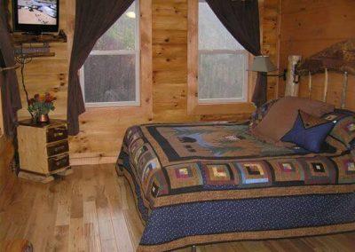 Bedroom-MainLevel-SouthView
