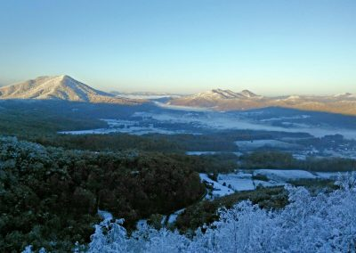 Valley-Snow